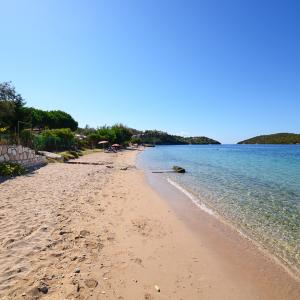 Παραλία Γαλλικός Μώλος