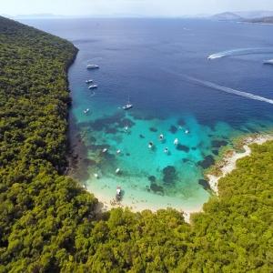 Παραλία Πισίνα - Σύβοτα Θεσπρωτίας