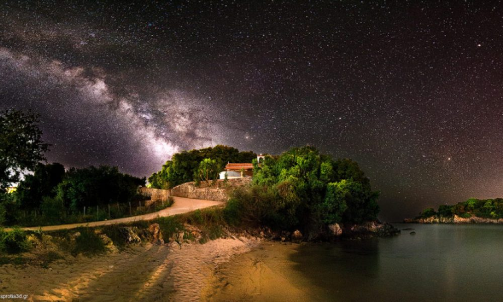 Ο γαλαξίας στη παραλία Αγία Παρασκευή – Πέρδικα